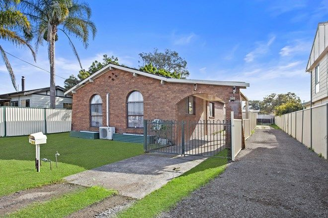 Picture of 13 Goobarabah Avenue, LAKE HAVEN NSW 2263