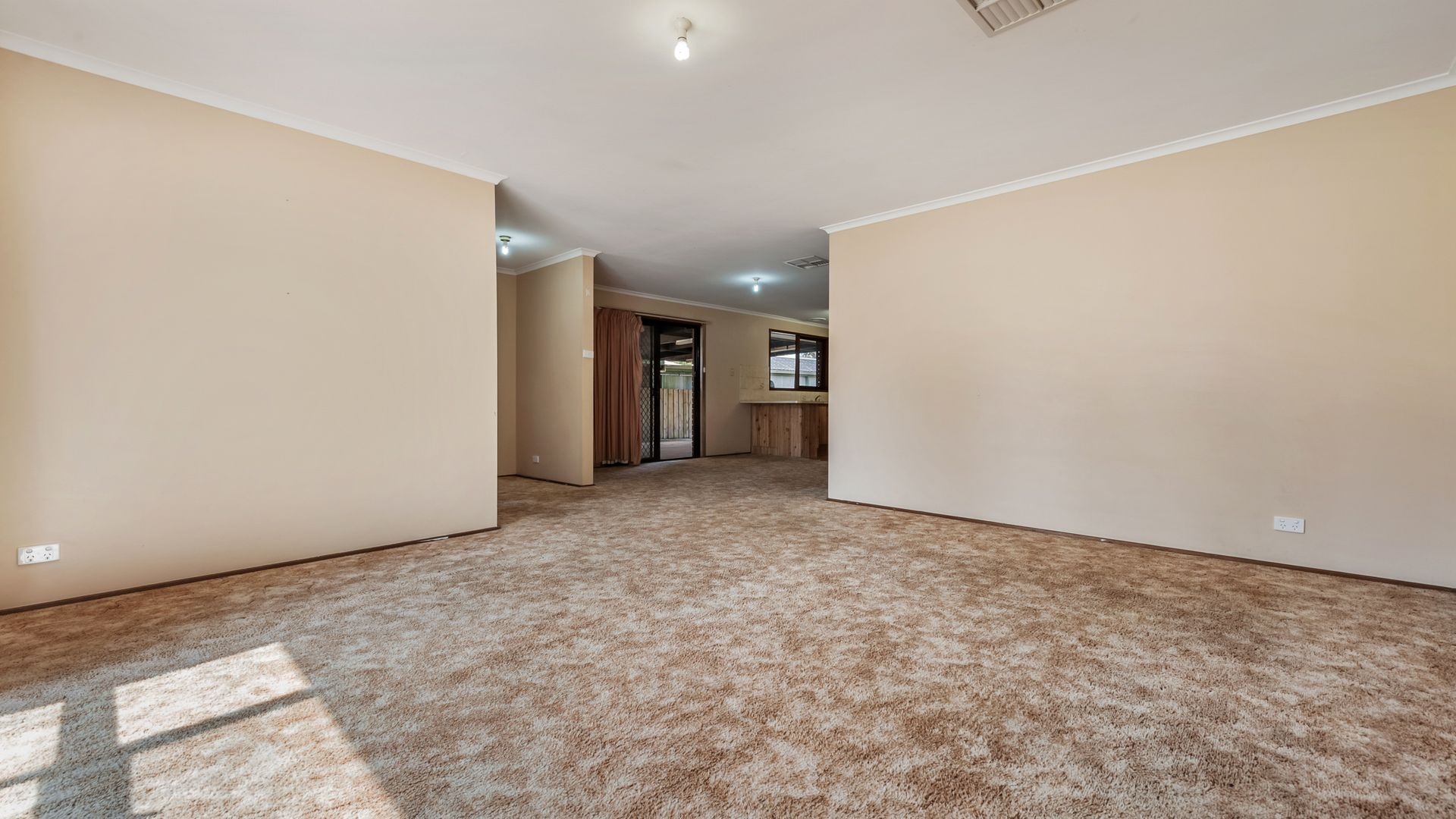 127 Charter Road West, Sunbury VIC 3429, Image 2