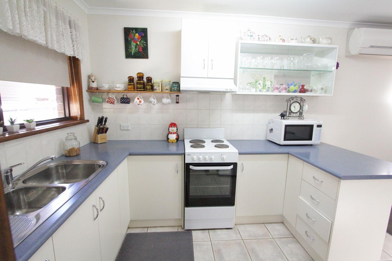 2/37 Short Street, Kangaroo Flat VIC 3555, Image 2