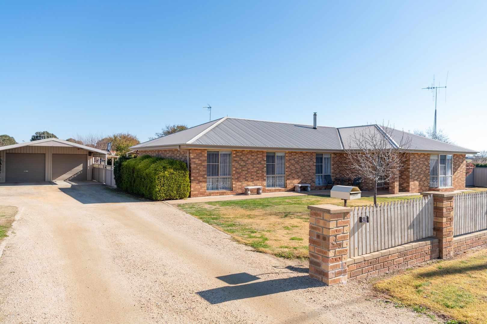 2 Farm Street, Boorowa NSW 2586, Image 0