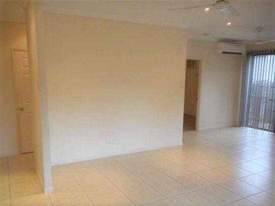 1/33 Gladstone Street, Pimlico QLD 4812, Image 2