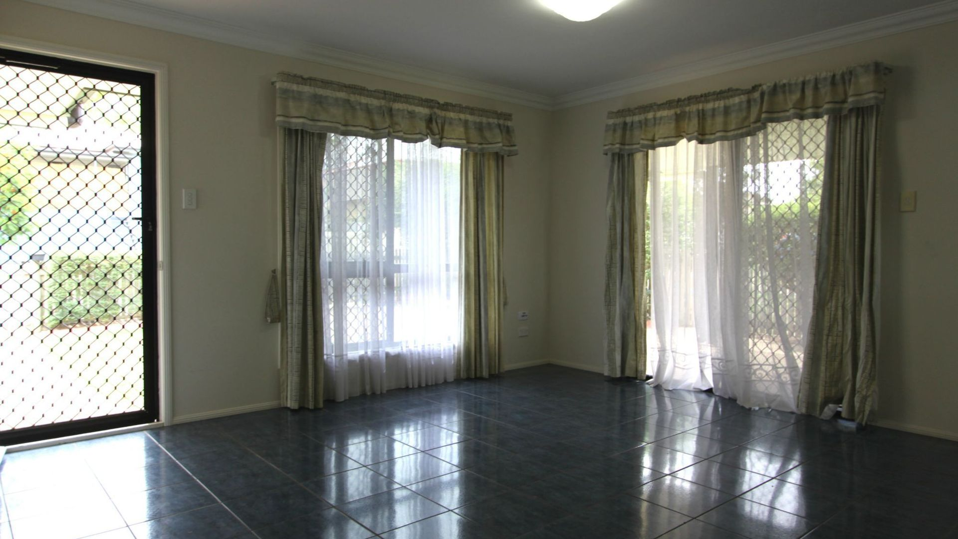 104 Princess Street, Berserker QLD 4701, Image 2