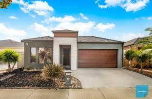 Picture of 12 Carisbrook Street, Caroline Springs VIC 3023
