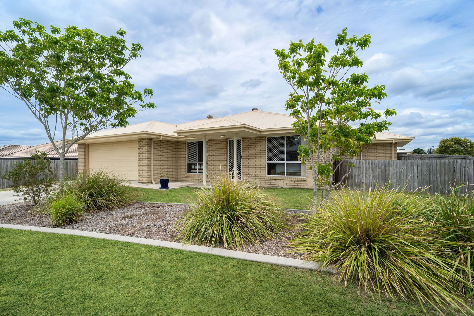 31 Rosella Street, Loganlea QLD 4131, Image 0