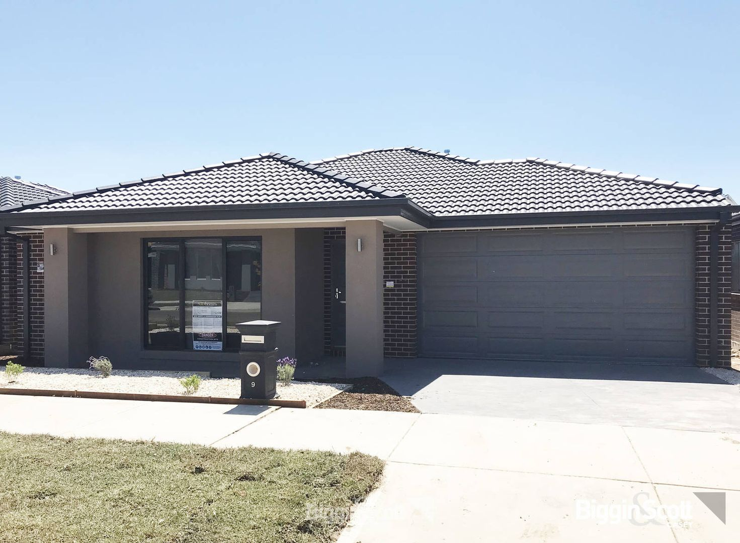 9 Great Banjo Street, Clyde North VIC 3978, Image 0
