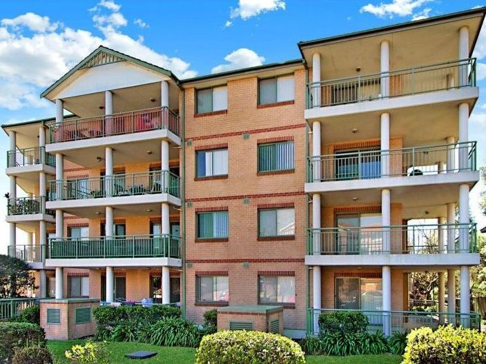 24/11-13 Fourth Avenue, Blacktown NSW 2148, Image 0