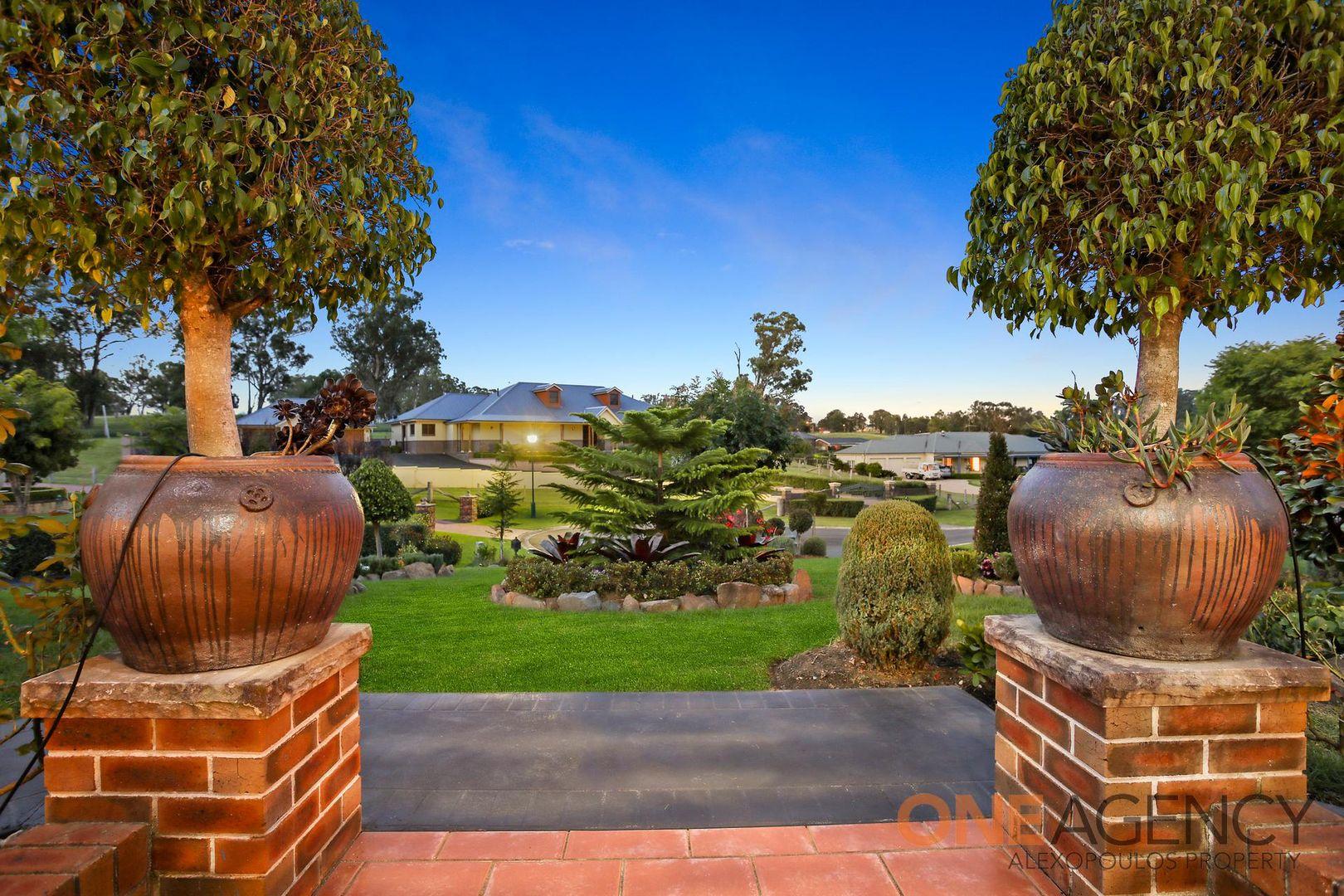 7 The Grange, Kirkham NSW 2570, Image 2