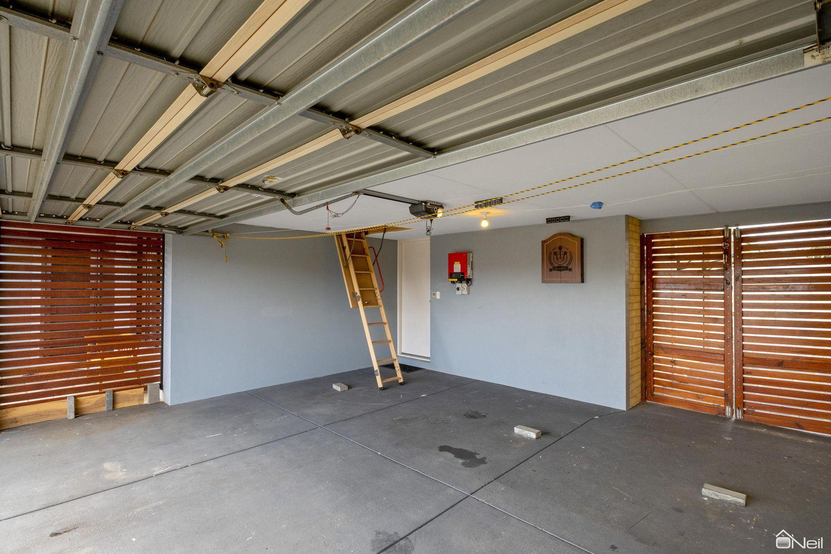 16 Sylvan Way, Seville Grove WA 6112, Image 1