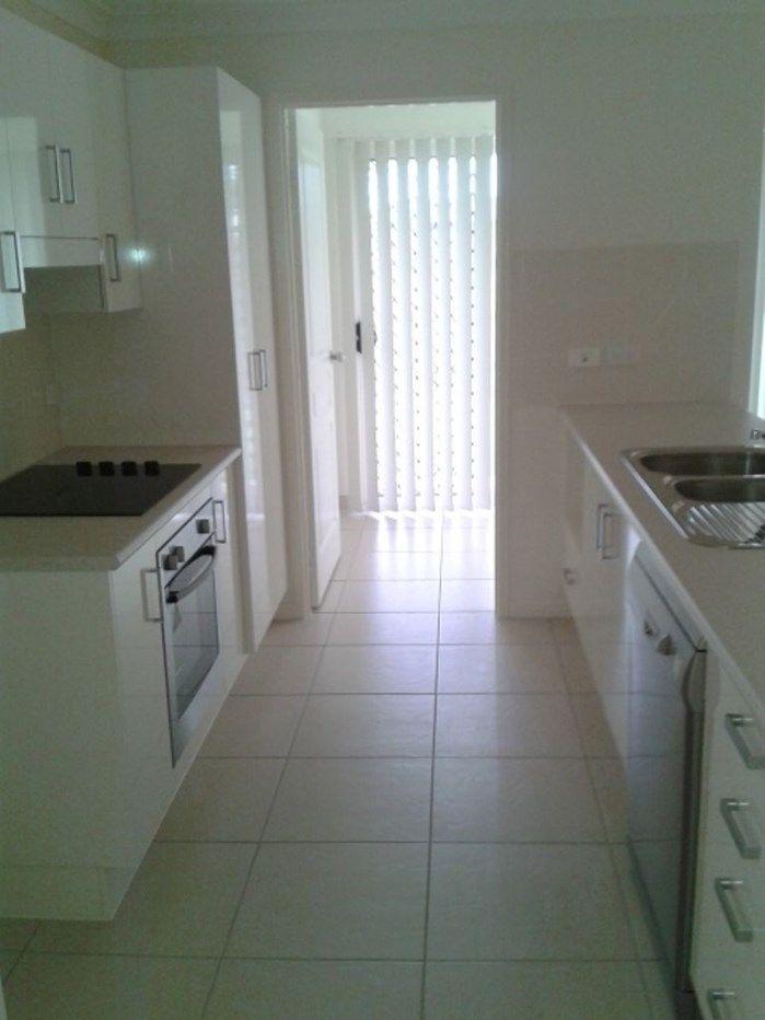 28 Owen Avenue, Gracemere QLD 4702, Image 2