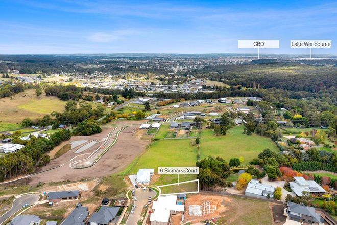 Picture of 6 Bismark Crt, BROWN HILL VIC 3350