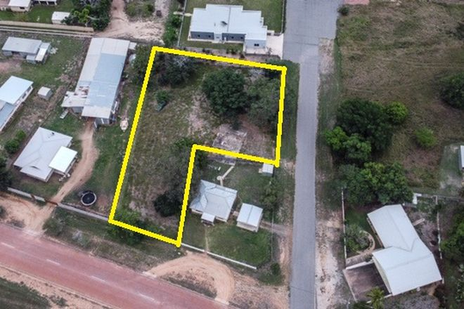 Picture of 23a Phillipson Road, MILLCHESTER QLD 4820