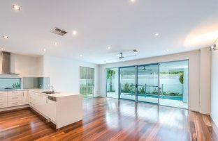 Picture of 1/7 Esther Place, Surfers Paradise QLD 4217