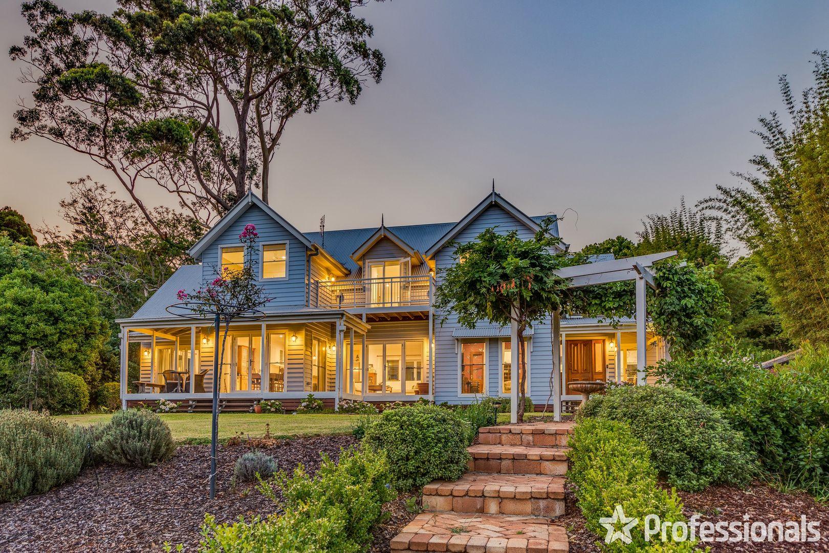 13-15 Palm Grove Avenue, Tamborine Mountain QLD 4272, Image 1