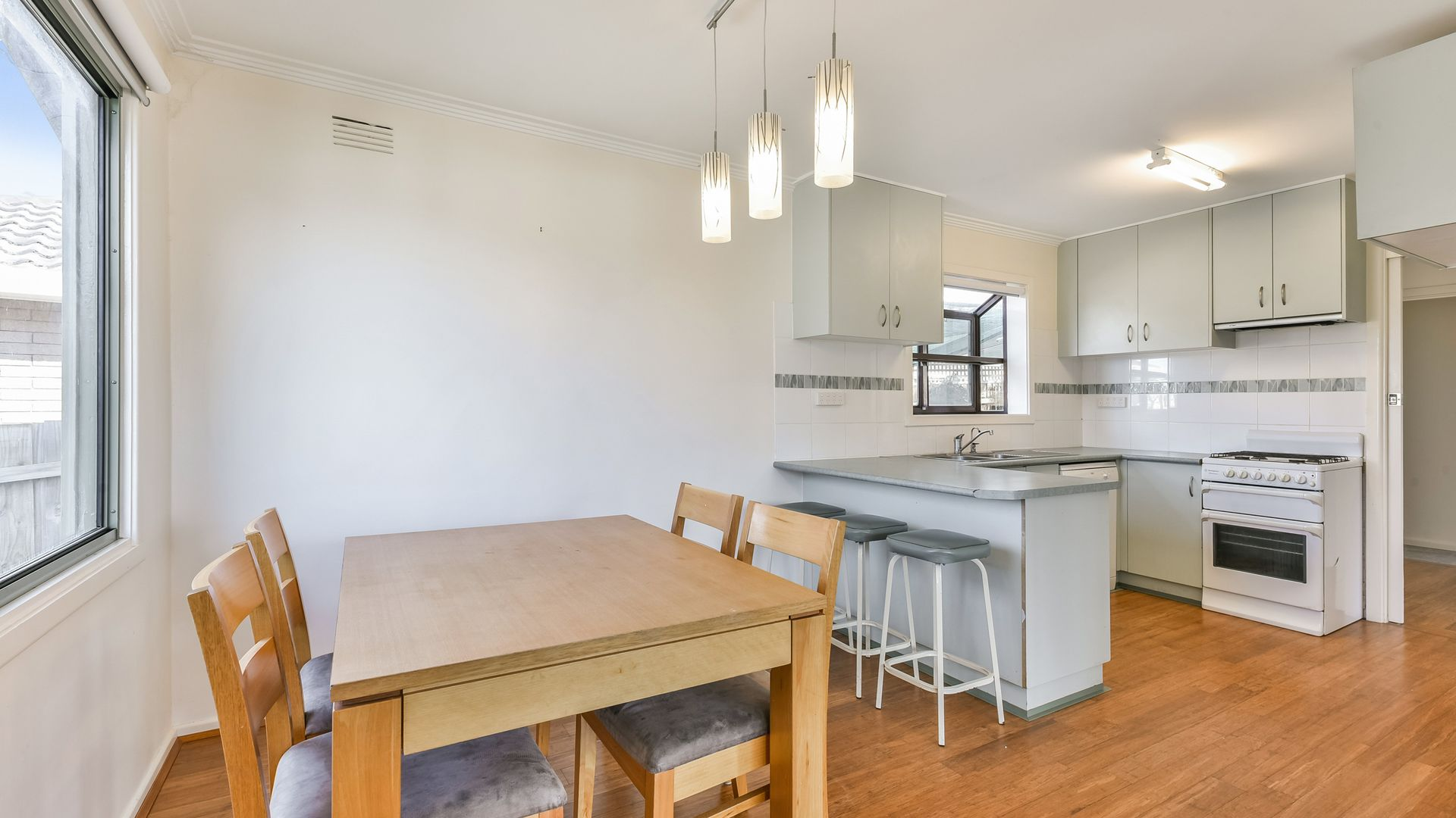 3 Lean Avenue, Herne Hill VIC 3218, Image 2