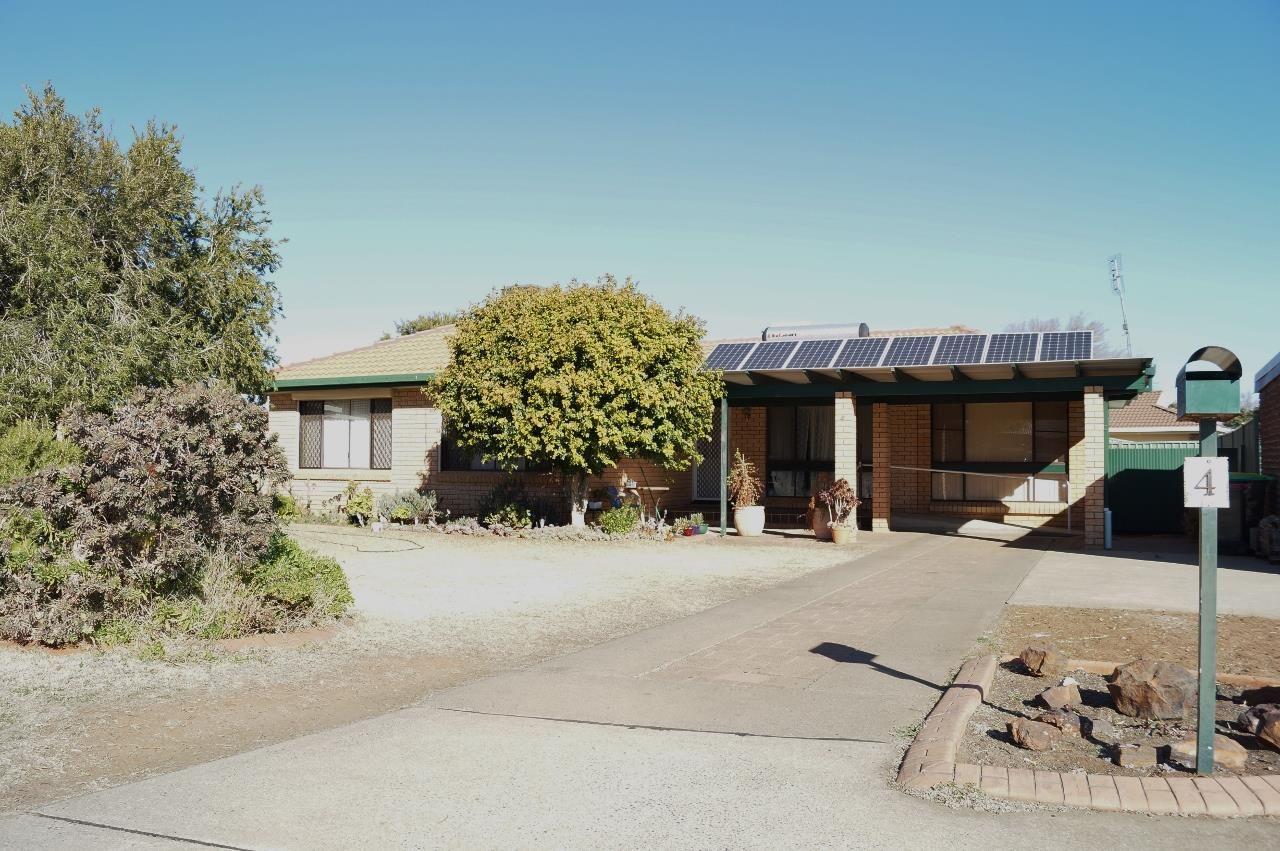 4 Potter  Close, Dubbo NSW 2830, Image 0