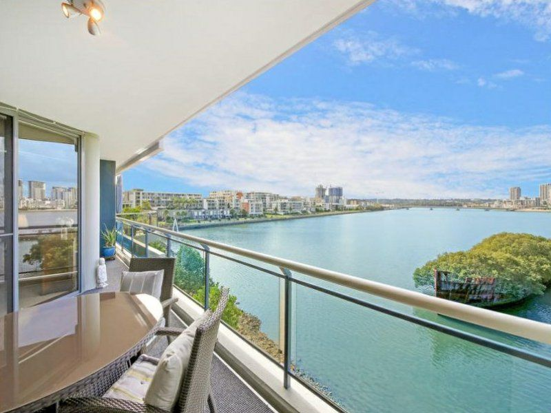 14/29 Bennelong Parkway, Wentworth Point NSW 2127, Image 0