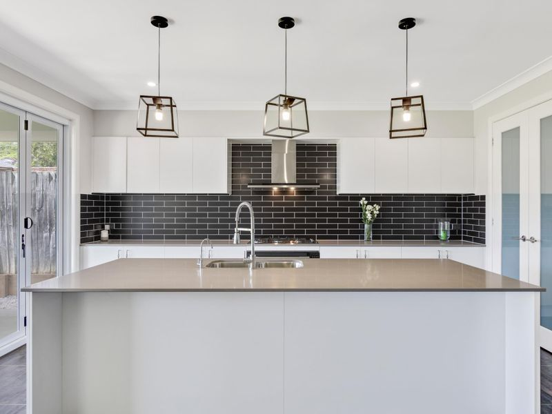 14 Lewis Crescent, Forresters Beach NSW 2260, Image 1