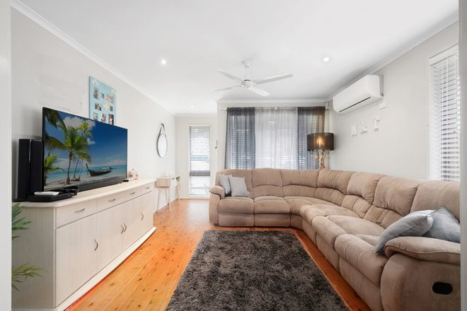 Picture of 5 Katherine Crescent, GREEN POINT NSW 2251