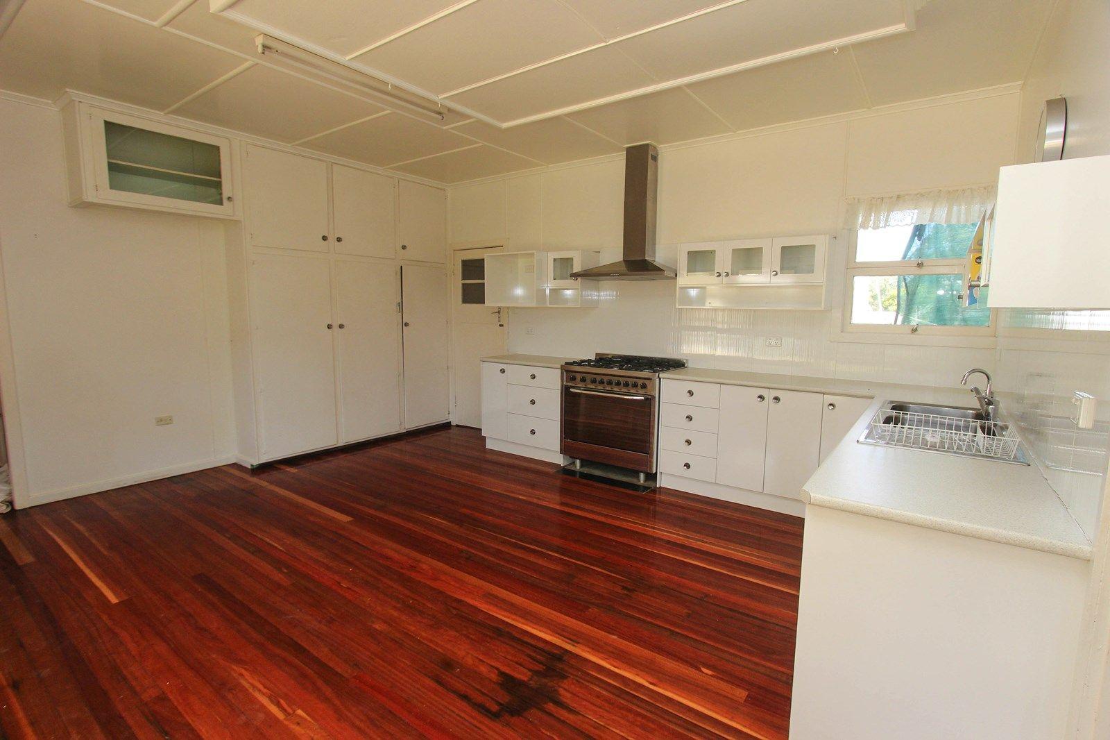 21 Park Road, Crows Nest QLD 4355, Image 1