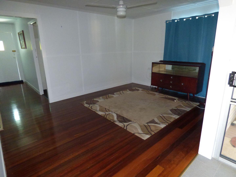 81 Scott Street, Wondai QLD 4606, Image 2