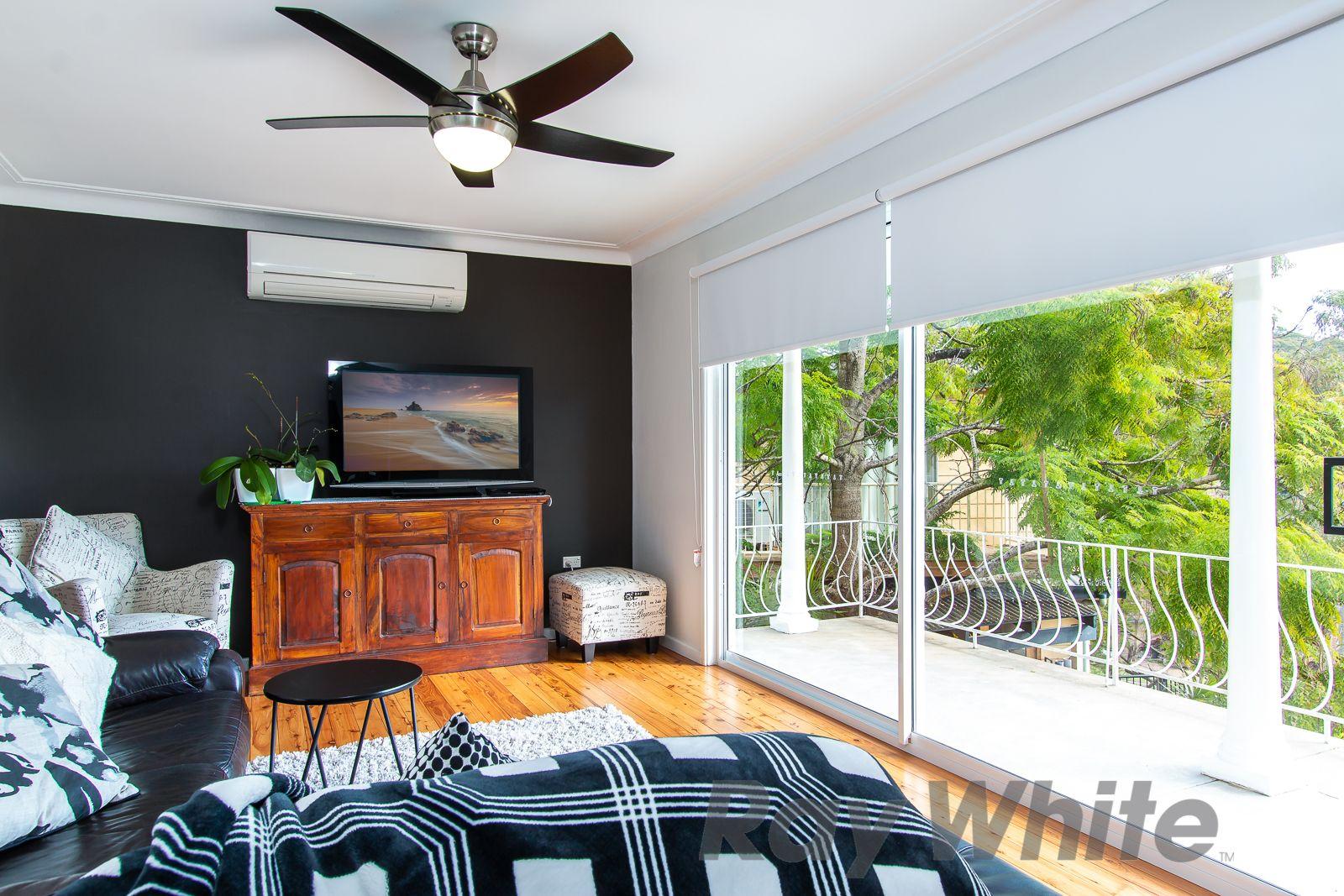 4 Cartella Place, Macquarie Hills NSW 2285, Image 2