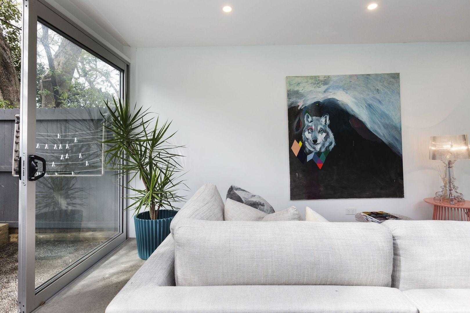 11 Waimea Avenue, Woollahra NSW 2025, Image 2