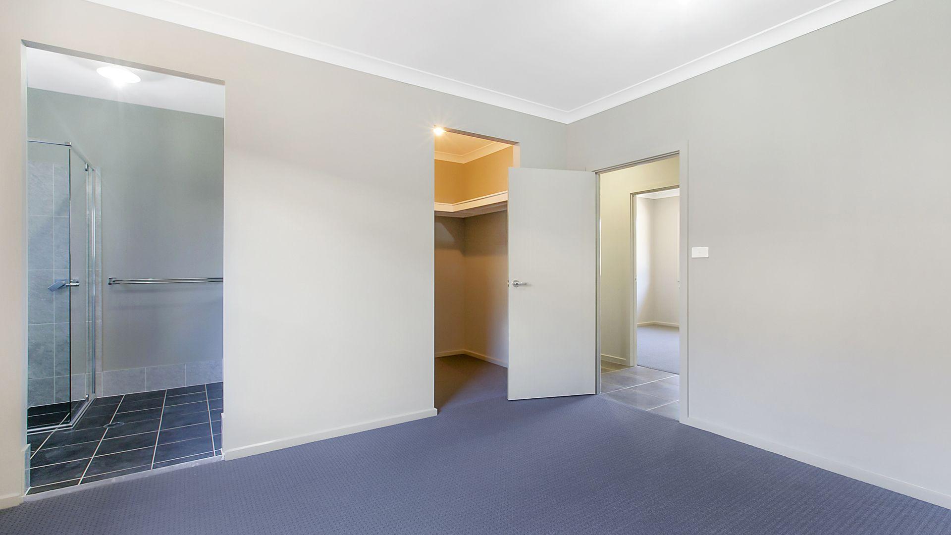1 Nagle Street, Jordan Springs NSW 2747, Image 2