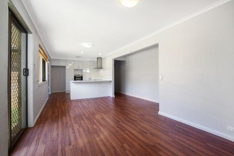 37 Hotham Cct, Thurgoona NSW 2640, Image 2