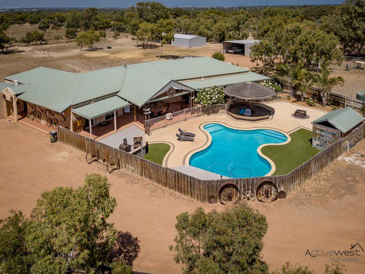 13 Forrester Road, Moresby WA 6530, Image 0