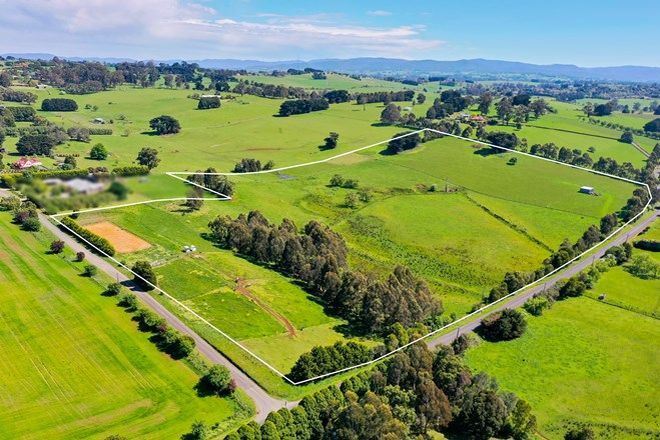 Picture of 30 ROBERTS ROAD, WARRAGUL VIC 3820
