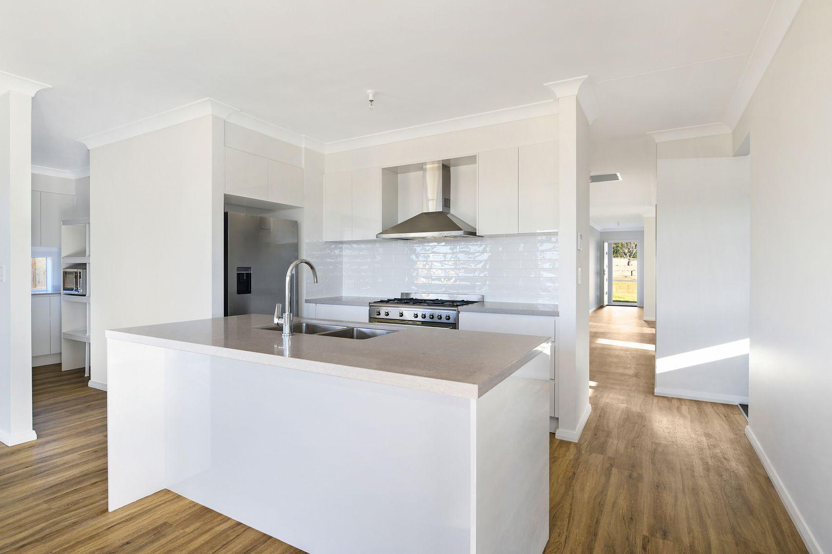 17 Oldfield Road, Renwick NSW 2575, Image 1