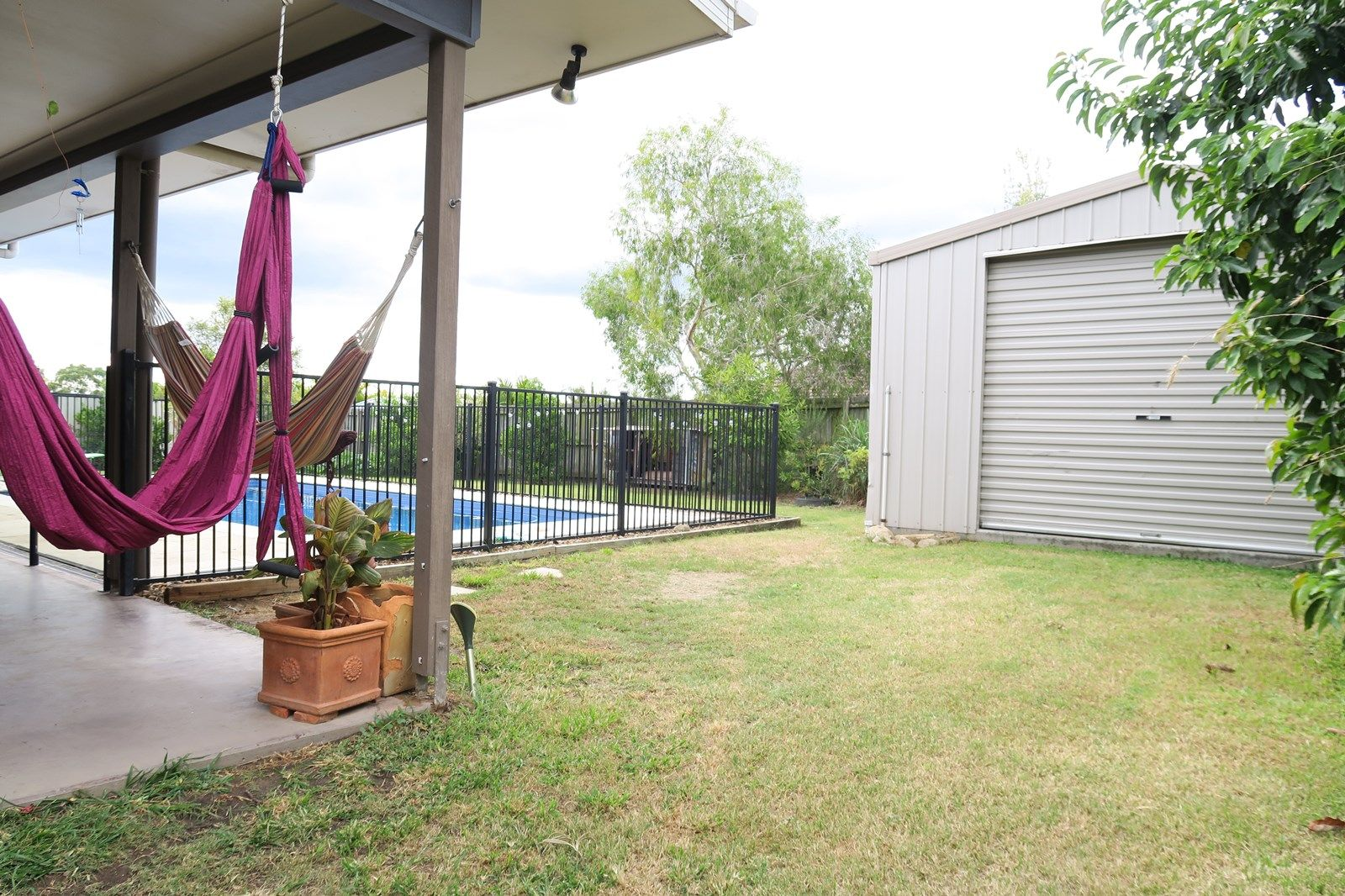 6 Chesterfield Place, Flinders View QLD 4305, Image 2