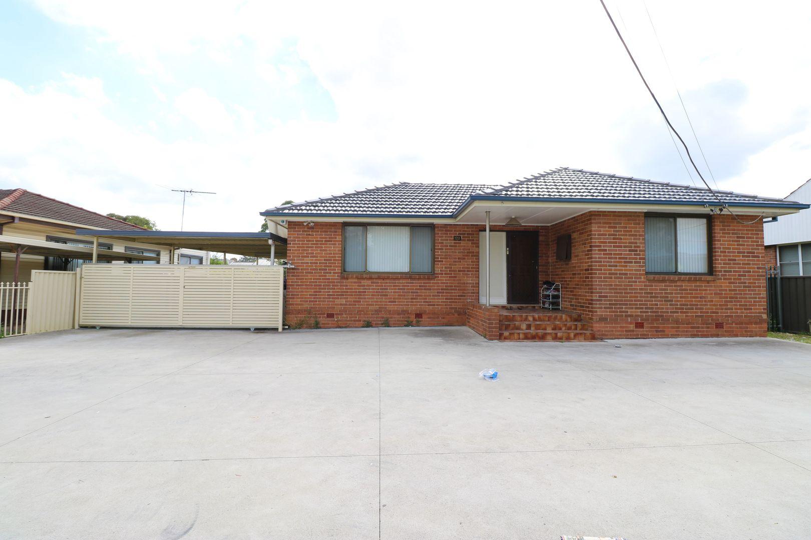 123 Maxwells Avenue, Sadleir NSW 2168, Image 0