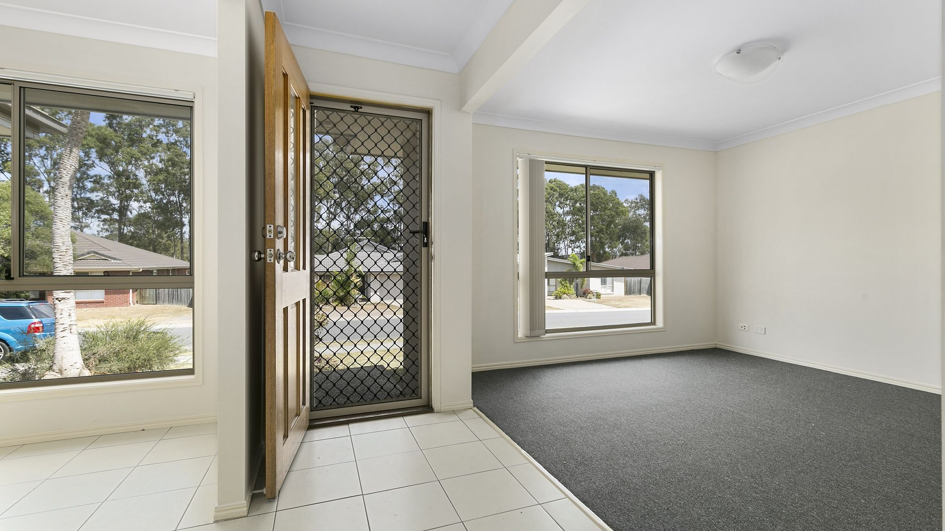 10 Siffleet Street, Bellbird Park QLD 4300, Image 1