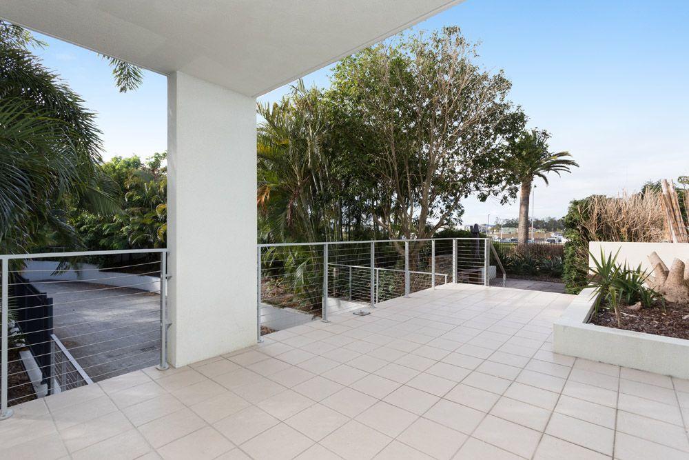 411/64 Sickle Avenue, Hope Island QLD 4212, Image 1