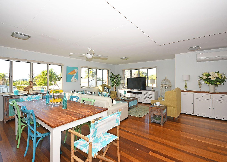 30 Pulgul Street, Urangan QLD 4655, Image 2