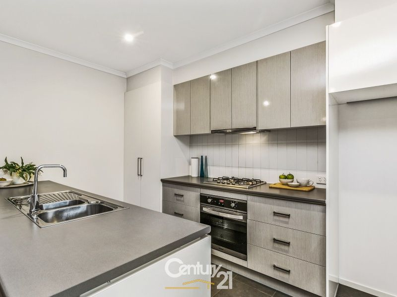27 Hammond Crescent, Officer VIC 3809, Image 1