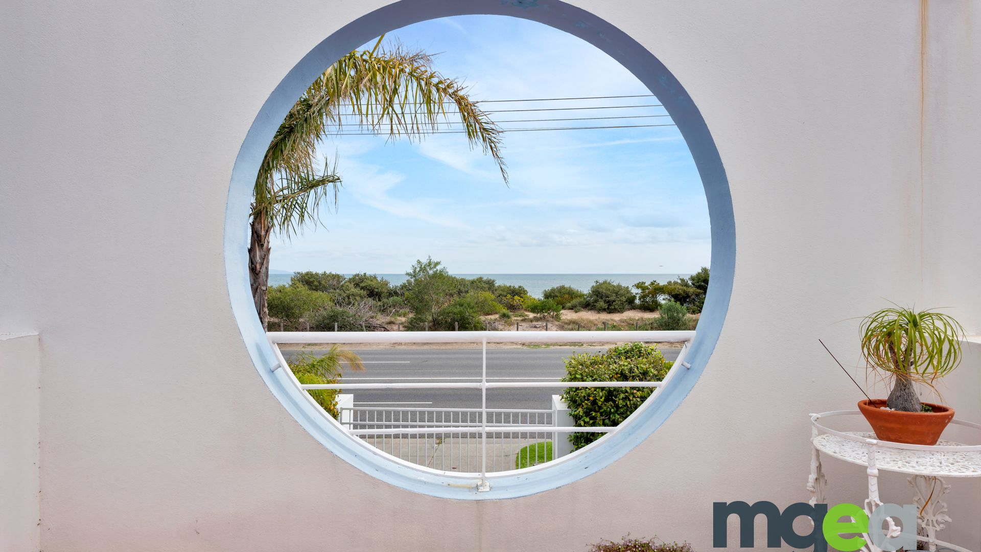 83A  Beach Road, Mentone VIC 3194, Image 2