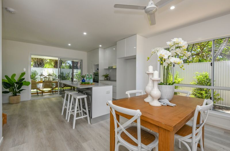 11 Holland Street, Bargara QLD 4670, Image 2