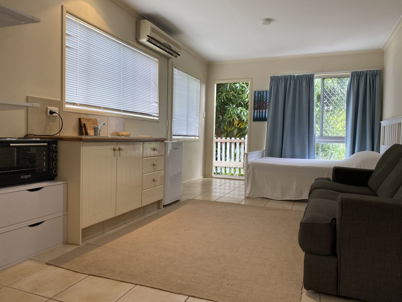 321 Ashmore  Road, Benowa QLD 4217, Image 2