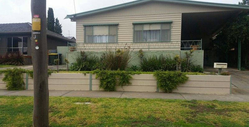 5 Manning Avenue, California Gully VIC 3556, Image 0