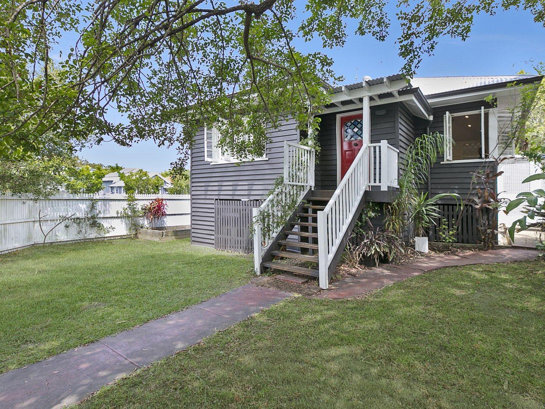30 Beatrice Street, Hawthorne QLD 4171, Image 0