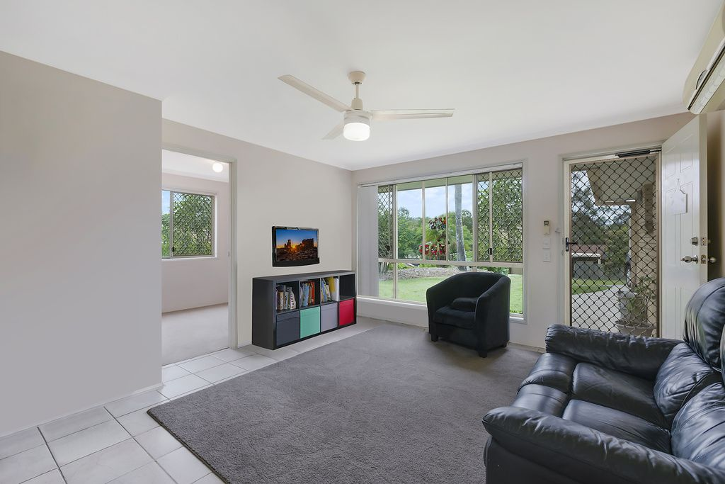 1/11 Theatre Street, Oxenford QLD 4210, Image 1