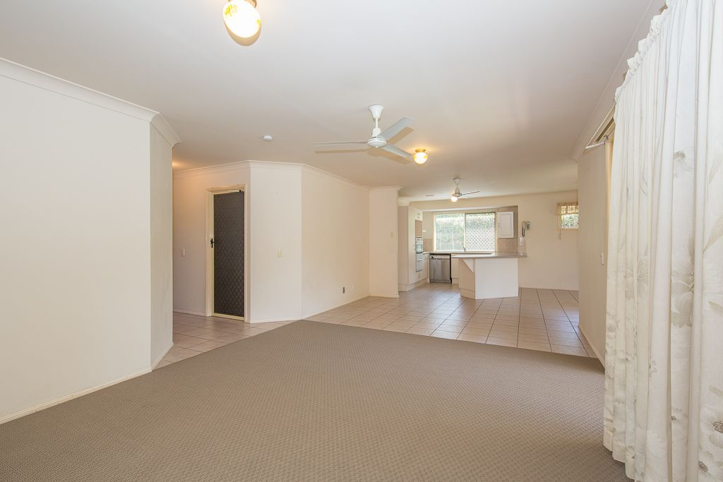11 Downlands Place, Boondall QLD 4034, Image 2