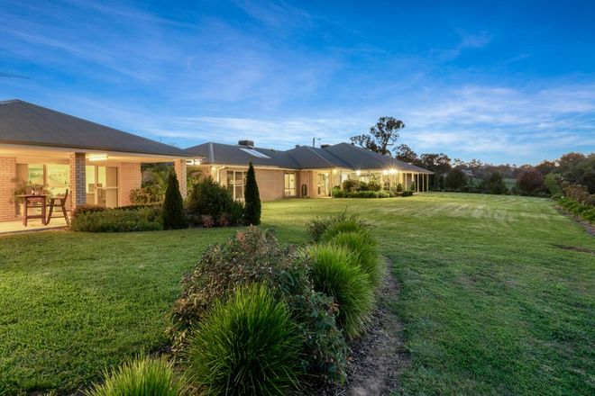 Picture of 23 Alexandra Way, TABLE TOP NSW 2640