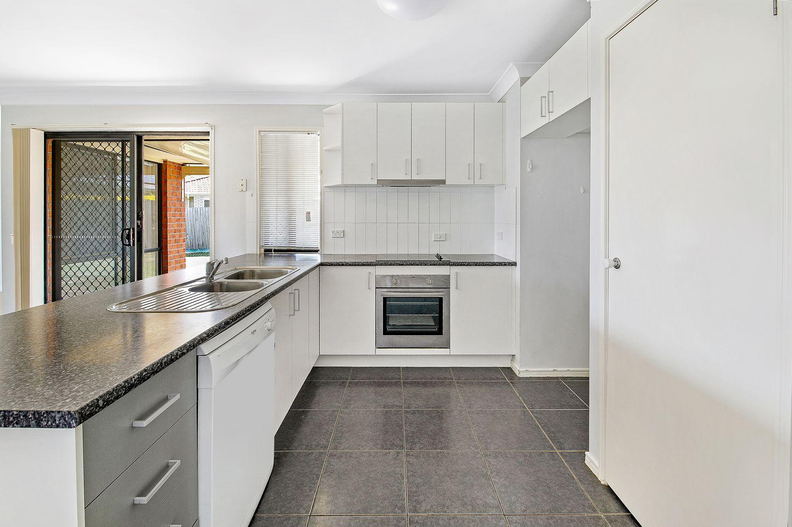 6 Camphor Court, Victoria Point QLD 4165, Image 2