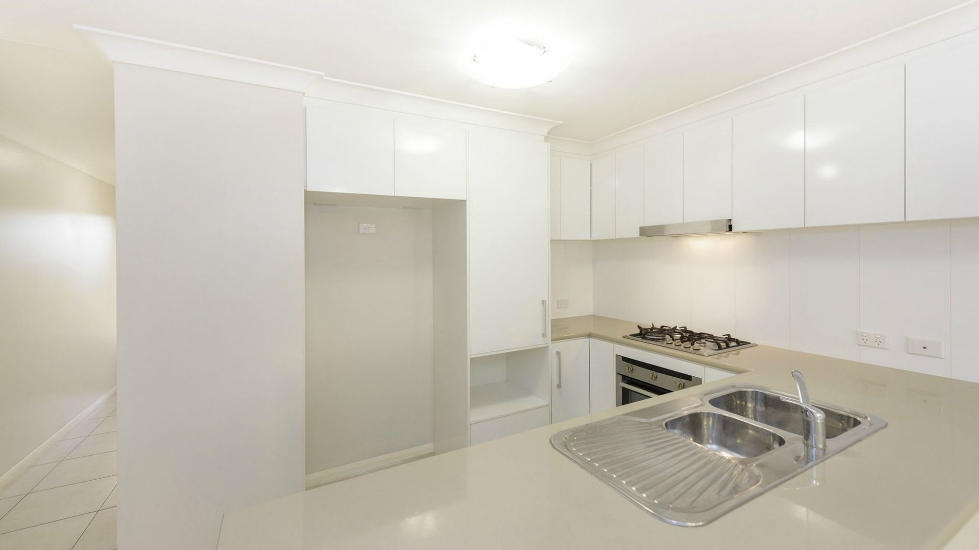 3/33 Croydon Street, Harristown QLD 4350, Image 2