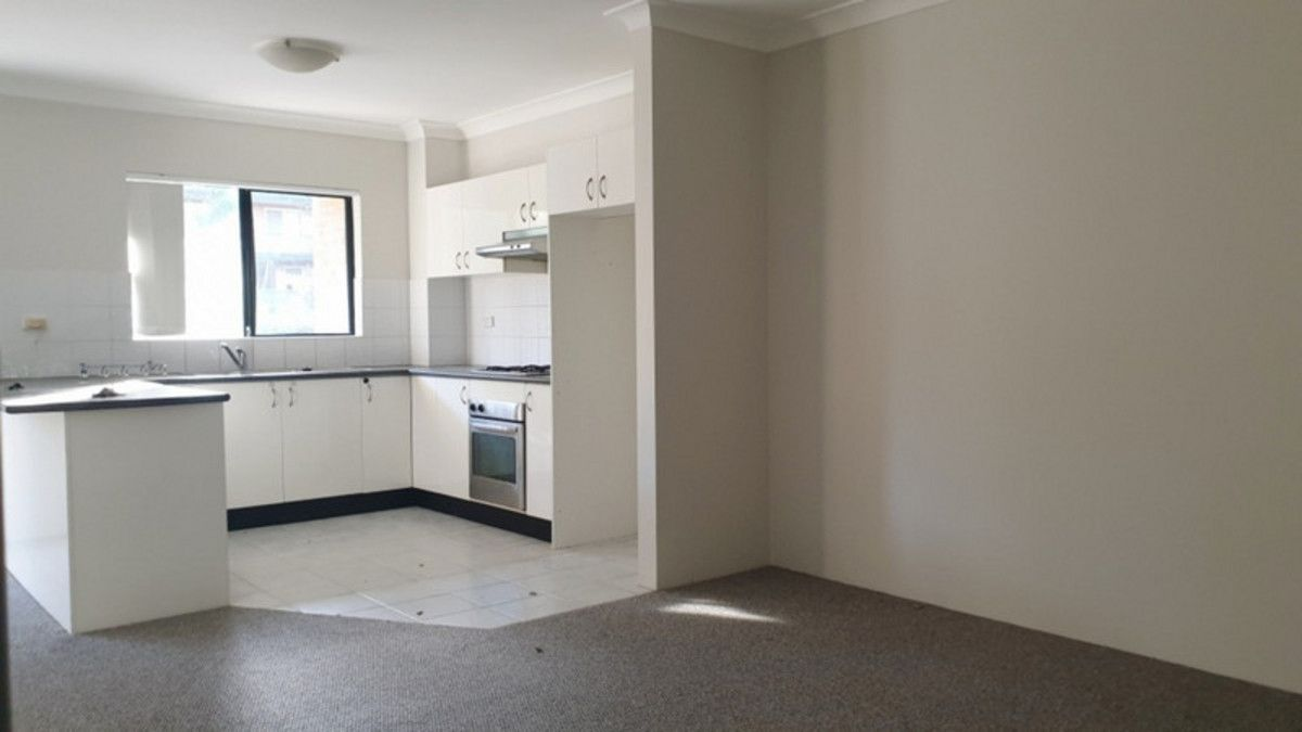 4/33 Conway Road, Bankstown NSW 2200, Image 2