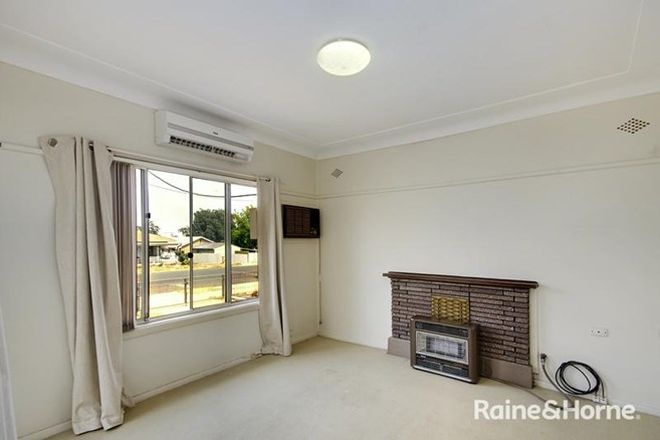 Picture of 33 Darling Avenue, COWRA NSW 2794