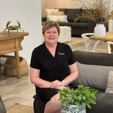 Janet Knott, Sales representative